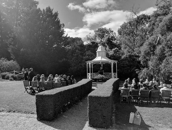 funeral celebrant melbourne